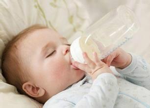 婴儿吃奶后吐奶怎么办